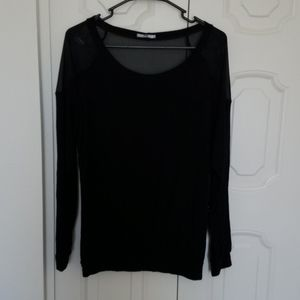 Woman's black top